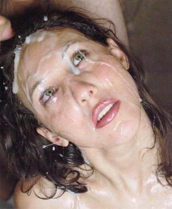 Fantasme d'une mère qui a envie de se faire baiser par son fils part 3