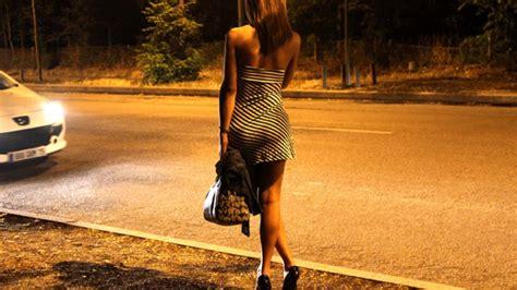 Louise prostituée dun soir va vivre la baise humiliante de sa vie 1 - Louise prostituée d'un soir va vivre la baise humiliante de sa vie Partie 1