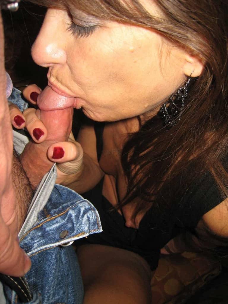 XFR Femme mûre aime sucer une bonne grosse bite 3 - Les dernières photos, vidéos et histoires taboues de la semaine