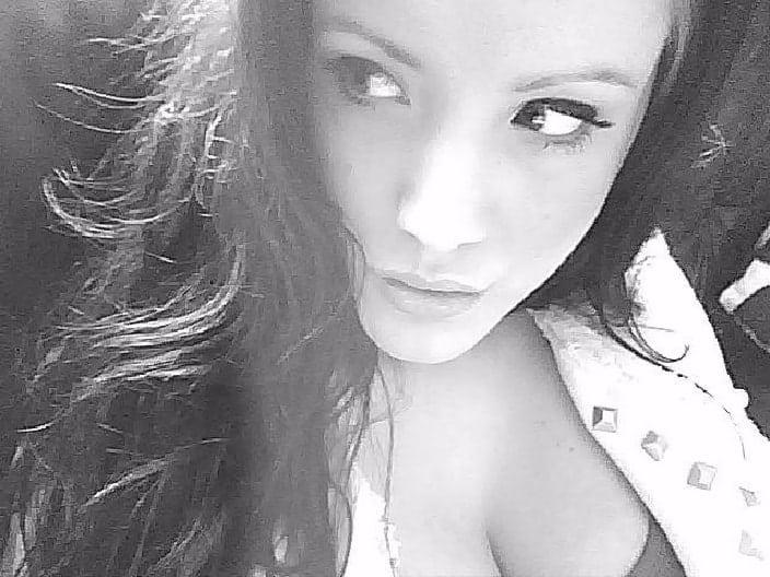 candice 27 ans amatrice coquine libertine xfr 93 - Candice c'est une pure coquine sexy qu'on aime sur le blog