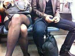 sexe métro xfr 3 - Baisée par un inconnu dans le métro tous les jours